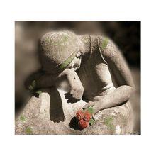 mourning-360500_640