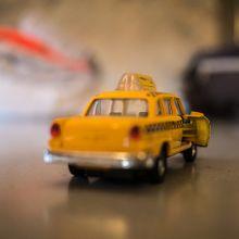 taxi-996164_640