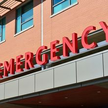 emergency-1137137_640