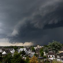 thunderstorm-358992_640