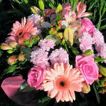 bouquet-394216_640