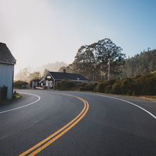 road-863126_640