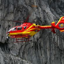 rescue-helicopter-61009_640