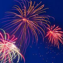fireworks-1394347_640