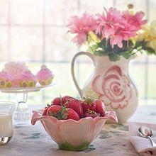 strawberries-in-bowl-783351_640