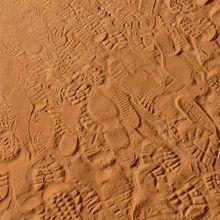 footprints-4603_640
