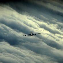 airplane-586694_640