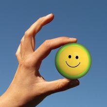 smiley-237145_640