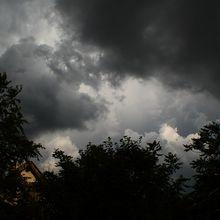 cloud-368111_640