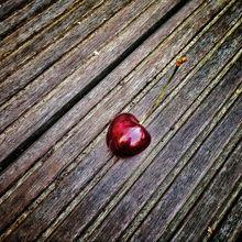 cherry-193524_640