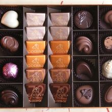 chocolates-566200_640