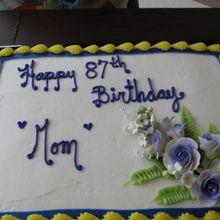 Mom Birthday Cake 2013_4
