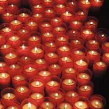 candles-102757_640