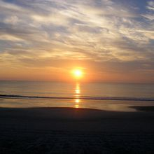 800px-Sunrise-Daytona-Beach-FL