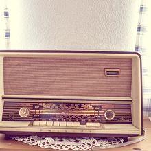 tube-radio-338511_640