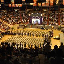 graduation-586632_640